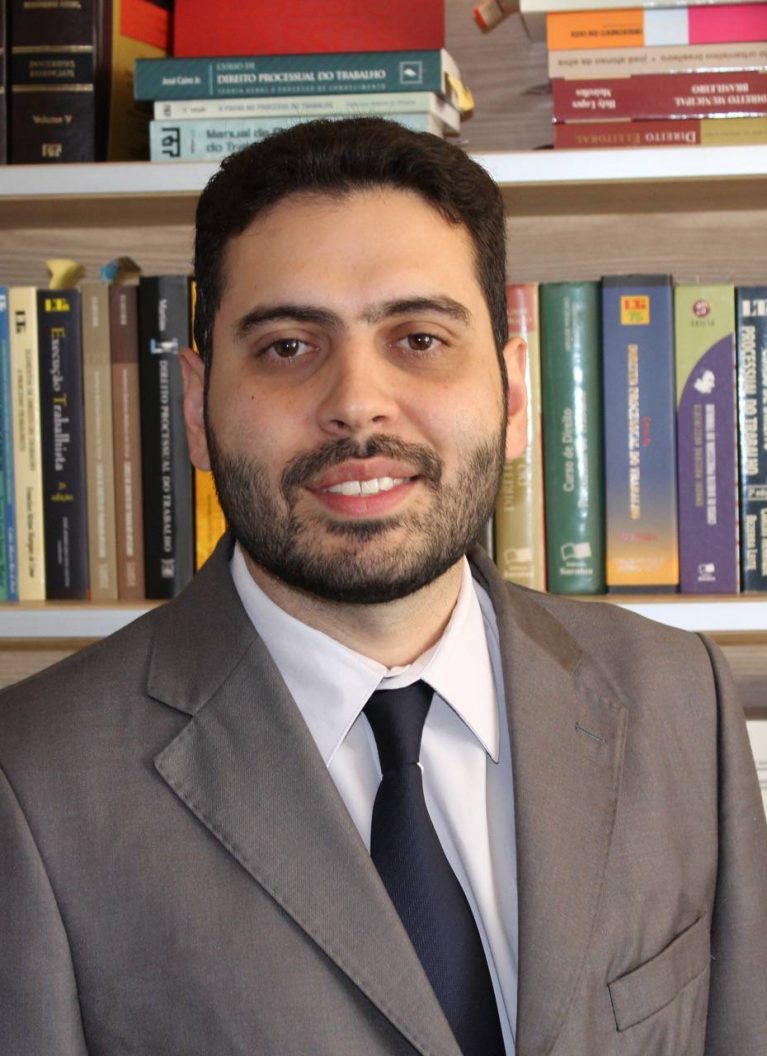 advogado-renato-ribeiro-de-oliveira